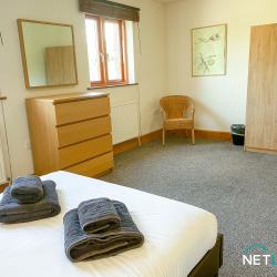 21 Vanguard House milford marina netletuk pembrokeshire staycation self catering sleeps 4 -02