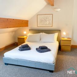 21 Vanguard House milford marina netletuk pembrokeshire staycation self catering sleeps 4 -03