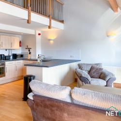 21 Vanguard House milford marina netletuk pembrokeshire staycation self catering sleeps 4 -12