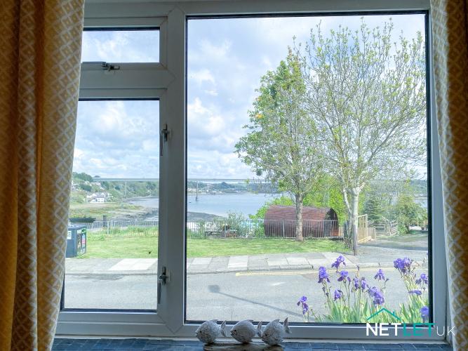 Copper Cottage neyland pembrokeshire holiday home dog friendly staycation sleeps 5 patio netlet uk -09