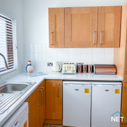 Copper Cottage neyland pembrokeshire holiday home dog friendly staycation sleeps 5 patio netlet uk -13